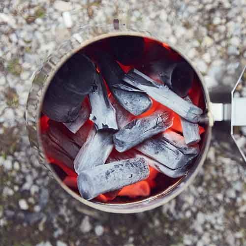 WHITE COAL Binchotan - Premium Holzkohle im Anzündkamin