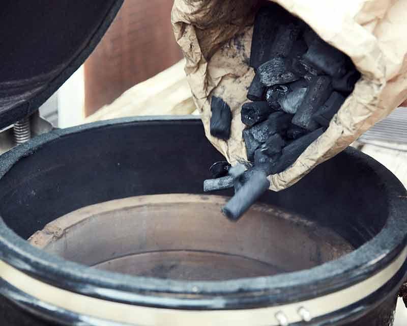 MARABU Holzkohle ist ideal für Keramikgrills